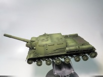 ISU-152, Zvezda, 1/35 base color (with oil paint filter), side view